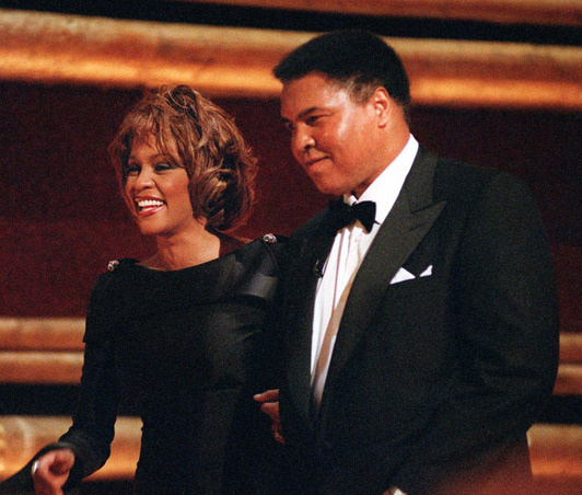 Whitney-Houston-and-Muhammad-Ali-1998